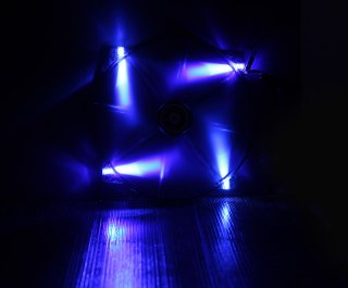 Вентилятор с подсветкой синей 200мм BitFenix Spectre LED Blue BFFBLF20020BRP