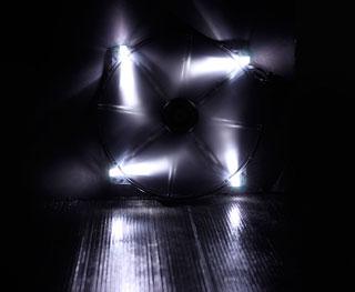 Вентилятор с подсветкой белой 200мм BitFenix Spectre LED White BFFBLF20020WRP