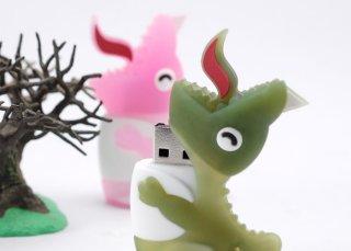 Флешка Динозавр 8 ГБ USB Bone Dinosaur Driver светло зеленый