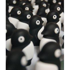 Флешка пингвин черный Bone Penguin Driver 4 ГБ